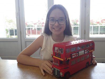 Le Kremlin-Bicêtre, Ecole Jeanne D'arc au Kremlin-Bicêtre.  Let's take the brick Bus to LONDON. See you soon.