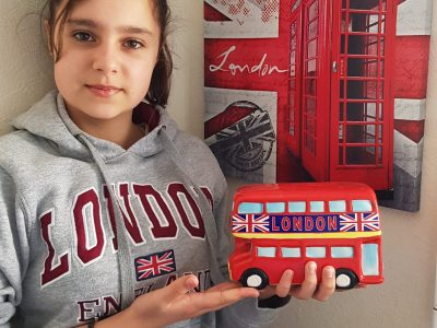 COLLEGE JEANNE D'ARC  ST SYLVAIN D'ANJOU   Have a nice trip in London: It's so great!  Charlotte Louis
