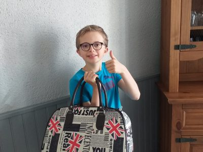 LA CHARITE SUR LOIRE , Collège Aumenier Michot  , Gahery Ethan 6e2 .  J'ai pris ce sac de voyage parce que j'aime l'Angleterre et j 'aimerai trop aller visiter Londres .Good bye Ethan .