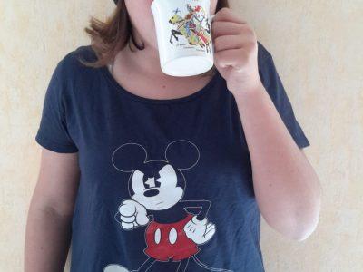 Charente-Maritime Jonzac collège Léopold Dussaigne I drink a cup of tea !