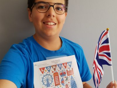 Hello,  This is my picture with Great Britain flag and London's symbols.  City : 35220 Châteaubourg Secondary School : Collège Saint Joseph