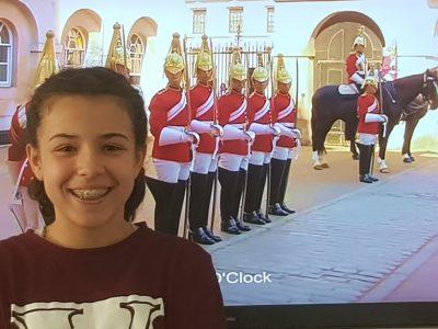 Ville : Eaubonne Nom: Ouad  J'adore l'anglais !!!!!!!!! C'est ce qu'il y a de plus palpitant et de plus marrant !!!!!  Merci grâce à ce challenge j'ai pû découvrir un peu plus l'anglais.Pour ce qui ne le savez pas je suis au Buckingham Palace.