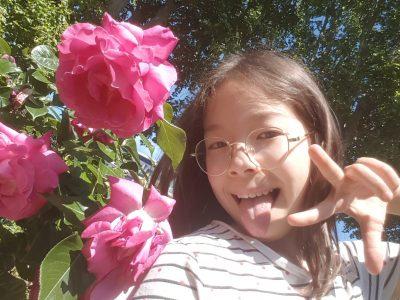 Avec les roses du jardins de mes grands parents  !