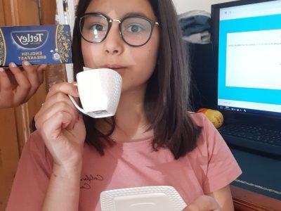 Evian-les-Bains, les Rives du Léman, J aime boire du thé comme les Anglais.