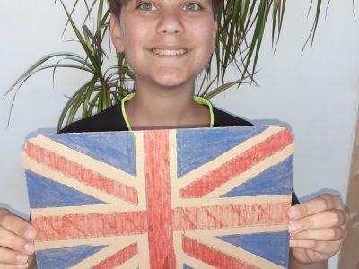 onnaing college saint exupery  voici le drapeau dessiner de l angletterre fait pour le concours