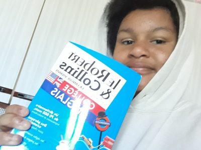 Mainvilliers, JEAN MACÉ  J'adore l'anglais et j'aime bien lire ce dictionnaire  pendant cette épidémie...