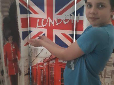 Come! J'ai amené Londres chez moi pour le confinement !   Lucé,  collège des petits sentiers