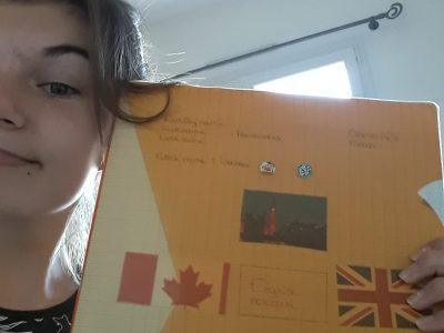 Collège Saint-Jacques-La Forêt  LA MOTHE-ACHARD  Quand je révise mon anglais par un si jolie temps!