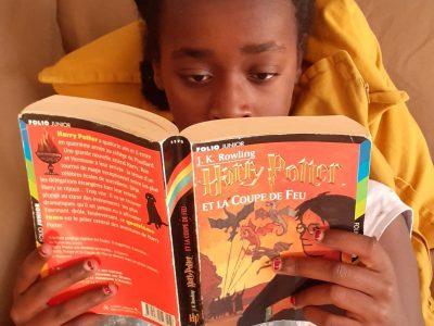 Collège Saint Martin à Marquise  En pleine lecture de Harry Potter et la Coupe de Feu.