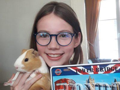 Tours saint martin  I enjoy the London sun with my guinea Pig !