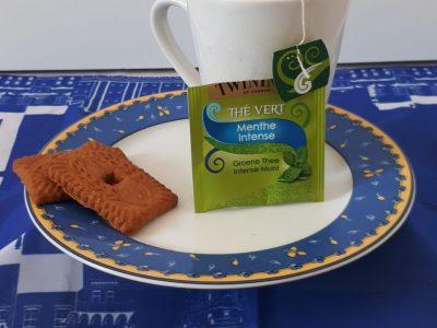 St Doulchard, Louis Armand Une bonne tasse de thé cela fait toujours du bien !!