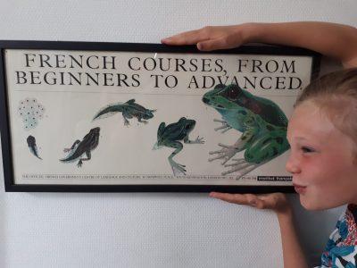 Rezé Collège Pont-Rousseau Les rosbifs nous appellent les frogs (grenouilles)! Sacrés rosbifs! Signé, une petite grenouille. Kiss