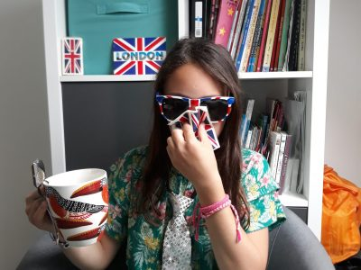 """GUILERS CROAS AR PENNOC """"une bonne tasse de thé pour soigner mon rhume attrapé sous le brouillard londonien!"""""""