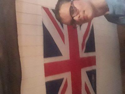 collège Roger Martin du Gard a Sancergues. J'adore l'Angleterre depuis toujours ,c'est le pays dans lequel je voudrais le plus aller car je le trouve magnifique