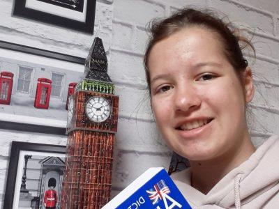 Vaubécourt, Collège Emilie du Châtelet This dictionary helped me study for The Big Challenge