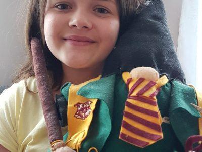 CALAIS - COLLEGE JEANNE D'ARC  Hi,i'm with Harry Potter !!!