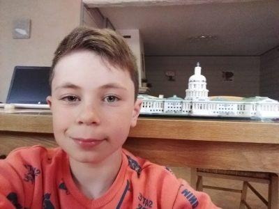 La Rochefoucauld   Jean Rostand  J'ai décider de prendre une photo avec le Capitol Building car c c'est un grand monument Merci pour ce concours bien fais j'aime bien Cordialement, Lého Dubois
