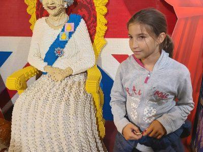 NANTES EXTERNAT DES ENFANTS NANTAIS Rencontre avec la Reine