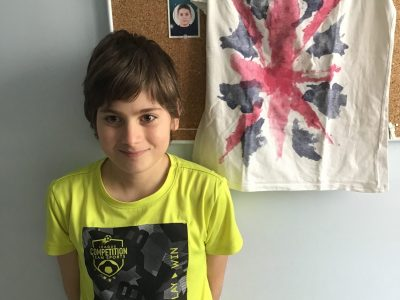 hello my name is corentin i'm eleven years old and i'm at school Saint François les Goélands of Saint-Rambert d'Albon.