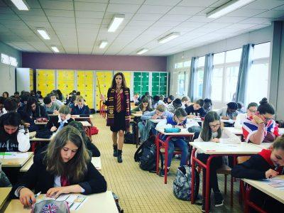 Les apprentis English speakers du collège Saint Joseph, AUNEAU (28), sous la protection de leur préfète Miss Granger!!!