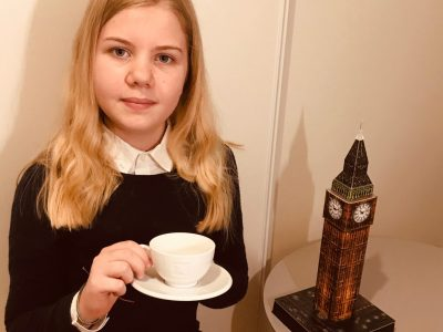 Bourg-la-Reine IND   Une pause pour déguster un thé