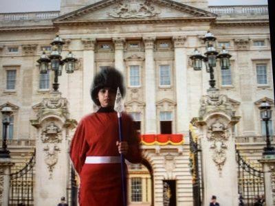 Eva Garcia Ville : pont saint esprit Nom du collège : Notre Dame  Je suis membre de la garde Royale