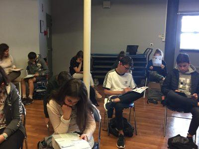 ST JEANNET-Collège des Baous. Attention, ça ne s'amuse pas, au contraire, ça cogite fort. Quelle belle satisfaction pour les professeurs! Merci au Big Challenge!