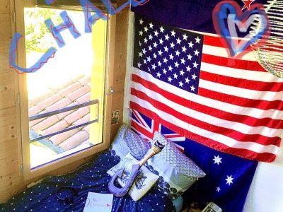 Élève de st joseph à st bonnet le château. Voici une bonne ambiance pour un concours tel que le big challenge !Je vous présente ma chambre (pièce où j'ai fait mon concours avec quelque de met drapeau*! *new Zealand flag *australian flag *usa flag *lousiana flag