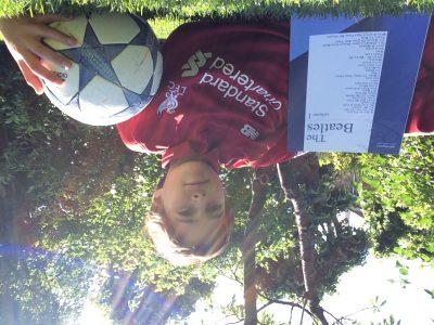 Bourg la Reine  Institut Notre Dame  Un maillot de Liverpool et un livre des Beatles je trouve que ça marche bien ensemble! Merci d'avoir organiser le Big Challenge et have a nice day!