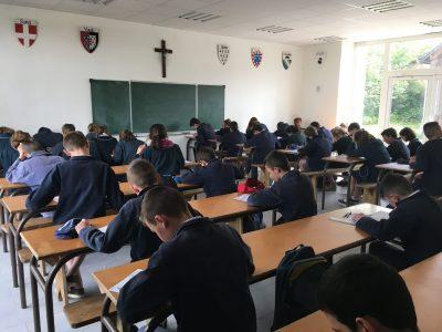 Les élèves du Collège Sainte Philomène à Saint Grégoire (Bretagne)