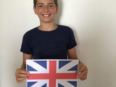 La Rochelle collège Samuel de Missy  Je m'appelle Enzo velay J'ai bientôt 12 ans. I like English.   Bonne journée