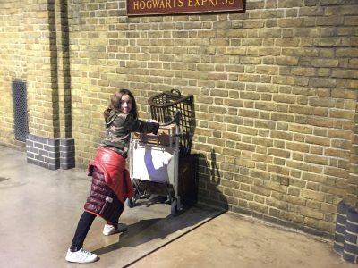 Villards de Lans collège Jean Prevost Picture of me token in the Harry Potter studio in London LAST november