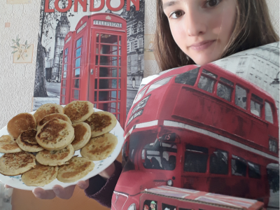 LENTILY, Collège Jacques Cœur DUTRUGE Corinne 6°1 London is fabulous !!!! Learn your english and go there !!!!