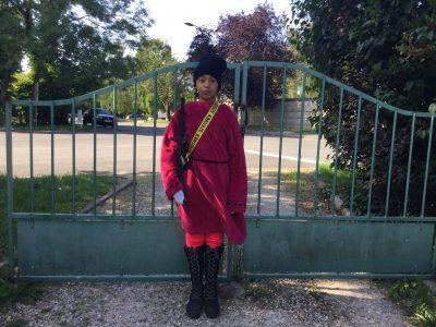 Brétigny-sur-Orge 91220 Pablo Neruda   Attention! les gardes royaux seront jaloux !!!
