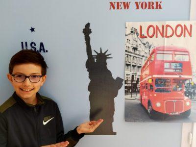 BELLEVILLE SUR VIE - Collège Antoine de Saint Exupéry   Hello the Statue of Liberty and long live England !!!