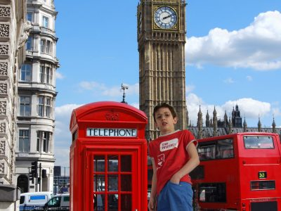 Aloïs Gechter, Paris, collège Saint-Michel-de picpus.  Je suis a London! Et bien non !