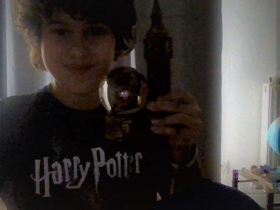 Amin Cazenave Izelmaden     Collège Pradeau-La-Sède  J'aime l'Engleterre et j'adore Harry Potter !!!