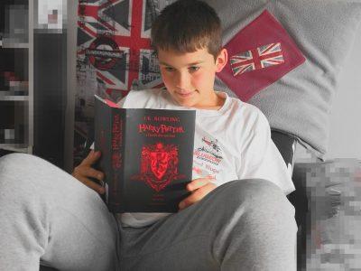 Phalsbourg ; Collège, lycée Saint-Antoine.  Photo d'un fan en délire de l'univers anglais, des œuvres de J. K. Rowling (Harry Potter) à ses merveilles culinaires ! ;-)  PS : J'aimerais vraiment la caméra sportive !!!!