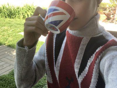 PARIS Collège Sainte-Anne Sainte Marie A goog tea from London !!!