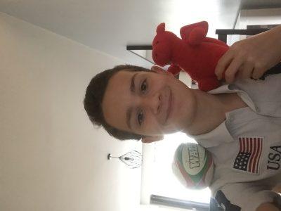 Bonjour  Je m appelle Louis Mesnier, j ai 13 ans je vie à Nantes et je suis au collège Françoise d'Ambroise à  Nantes  Je suis allé au Pays de Galles (le dragon mais aussi la balle de Rugby) j'aime le sport !  Je suis pas très fort en Anglais mes j ai tout donner...