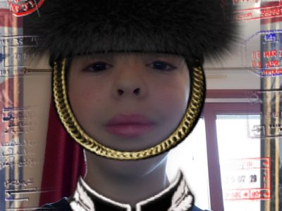 ANNECY établissement Saint-Michel. I'm a British guard in Buckingham Palace.