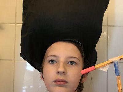 Coucou,moi c'est Camille,mon école est Sainte-Croix de Neuilly et j'ai voulu représenté un soldat!