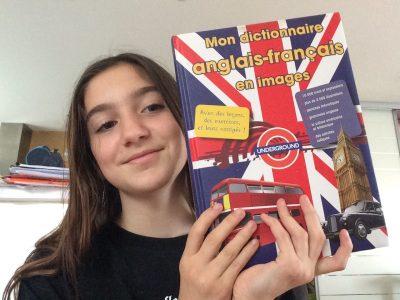 COLOMIERS Ste Thérèse   C'est mon dictionnaire d'anglais et je l'ai choisis car c'est un objet très utile pour apprendre l'anglais .