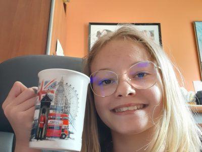 Clermont Ferrand  Collège Sainte Thérèse les Cordeliers  Je vais boire une bonne tasse de thé