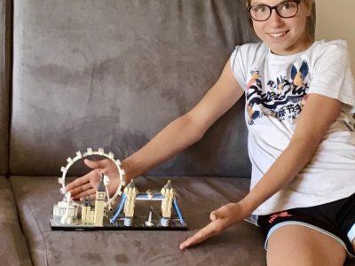 Elisa Moreau 6E Chambéry (Savoie)  Collège st François De Sales  J'adore les lego en particulier ceux de monuments connus mais je préférerais les voir en vrai !