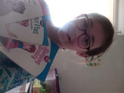 Collège du Cingal à Bretteville sur Laize. Je vous présente les livres que je lis à mes petites soeurs.