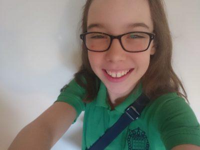 Douarnenez, Collège Saint-Blaise Moi portant mon uniforme anglais d'école primaire de Wallingford, Oxfordshire