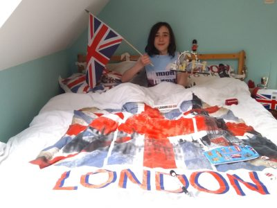 Plougastel-Daoulas - Collège Ste Anne. The theme of my room is England, as you can see ! Eliott