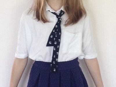 La Crèche, collège Jean Vilar. J'ai essayé de reproduire un uniforme anglais avec des vêtements que j'avais.