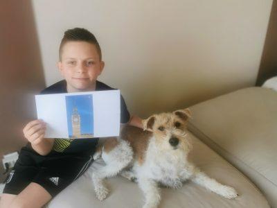 """PHILIPPE NOAH COLLEGE JEAN FERNEL   Ma photo représente Le Big Ben que je rêve d'aller voir et Mon chien """"MARCUS"""" qui est un FOX TERRIER une race Anglaise."""